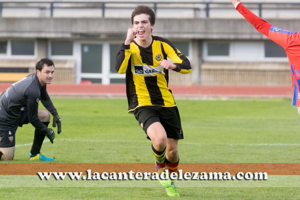 Iñigo Córdoba autor del gol | Foto: Unai Zabaleta