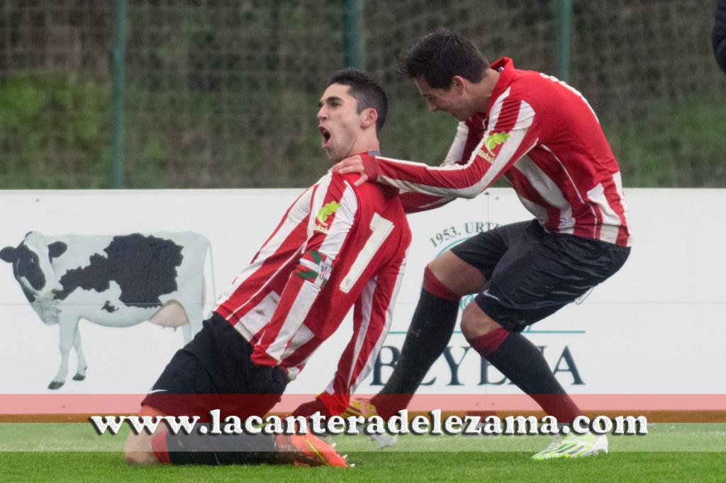 Sabin celebra su segundo gol junto a Seguin | Foto: Unai Zabaleta