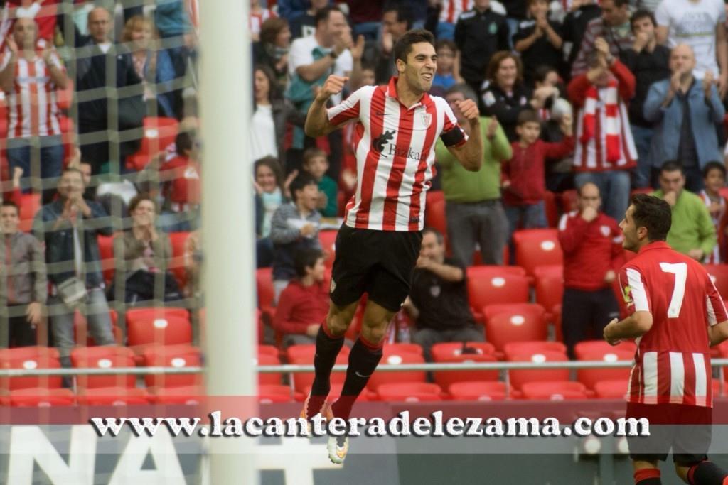 Celebración del gol de Sabin | Foto: Unai Zabaleta