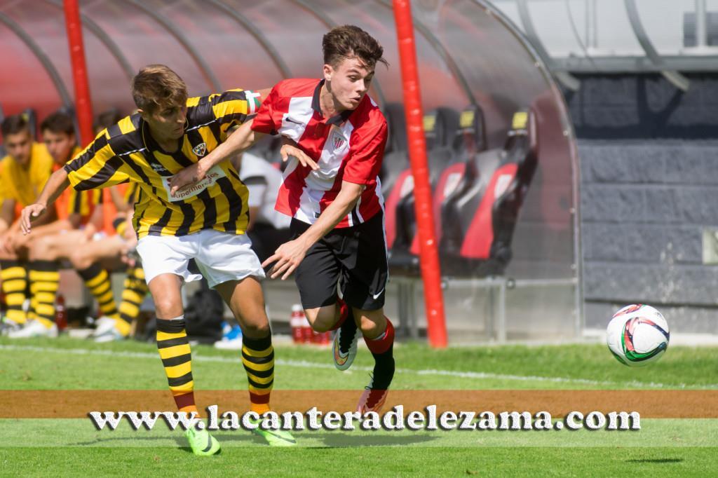 Iker Ruiz ante Rubén Salado| Foto: Unai Zabaleta