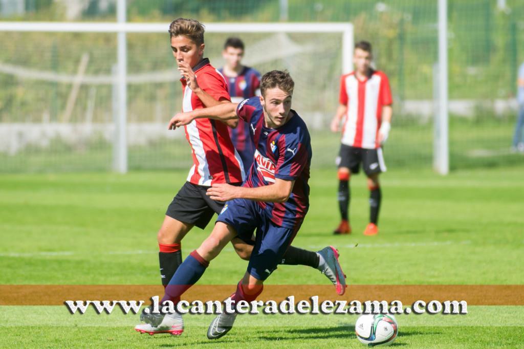 Ántonio Salado marcó dos goles a Osasuna | Foto: Unai Zabaleta